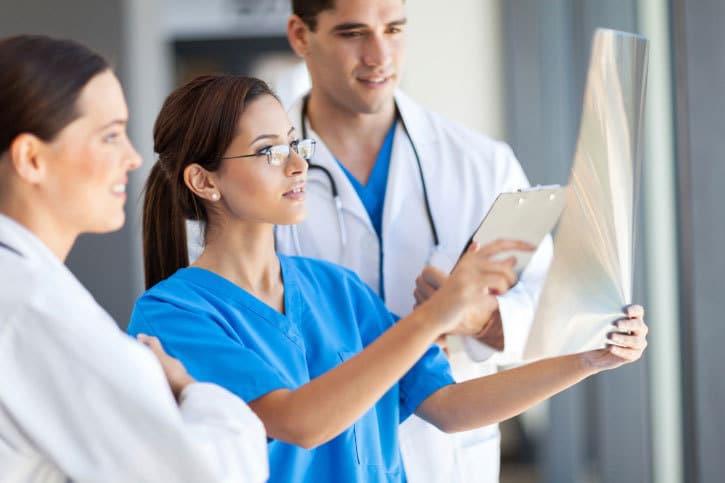 La complejidad de las enfermedades obliga a la especialización médica